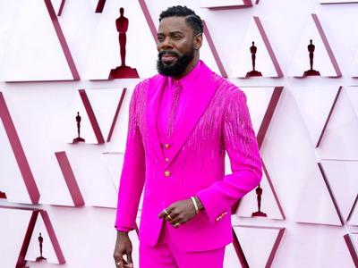 Pria Paling Stylish di Oscar 2021