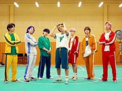 8 Lagu K-Pop Menyambut Musim Panas 2021