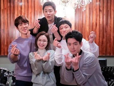 5 Pelajaran Hidup dari Drama Korea Hospital Playlist 2