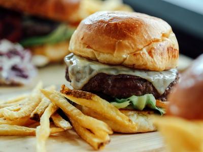 Gerai Baru yang Bikin Makin Mudah Menikmati Burger Favorit