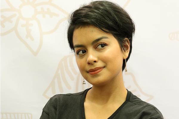 5 Produk Makeup Wajib Eva Celia