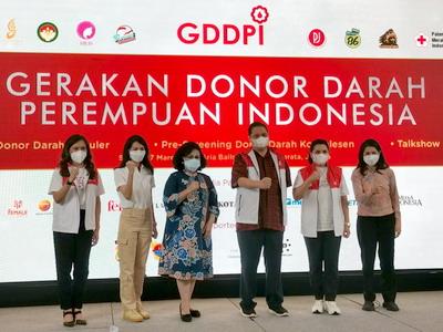 Aksi Donor Darah Komunitas 8 Organisasi Perempuan