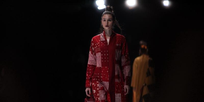 Inspirasi Gaya di Bulan Agustus dari Jakarta Fashion Week 2020