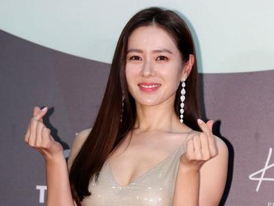 10 Gaya Seleb di Baeksang Arts Awards 2020
