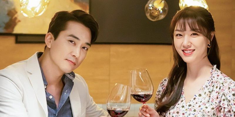 7 Drama Korea yang Membuat Kita Tersenyum Lebar