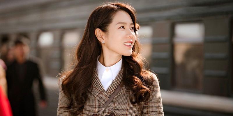 7 Inspirasi Gaya ala Son Ye-Jin dalam Crash Landing on You