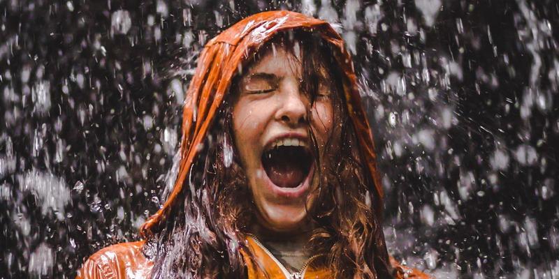 6 Tip Jadi Backpacker di Musim Hujan