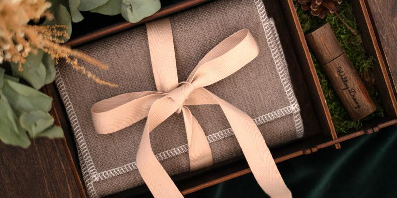 Rekomendasi Hadiah Pernikahan untuk Sahabat