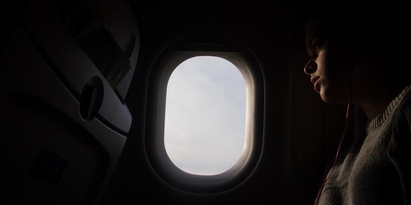 7 Tip Naik Pesawat Malam
