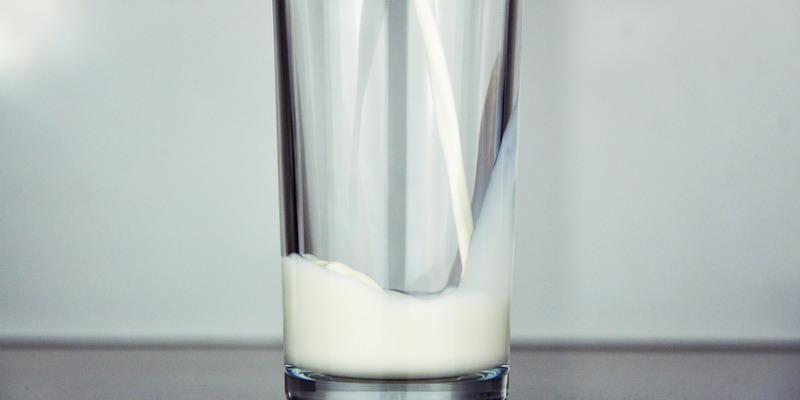 5 Alasan Minum Susu Bikin Awet Muda