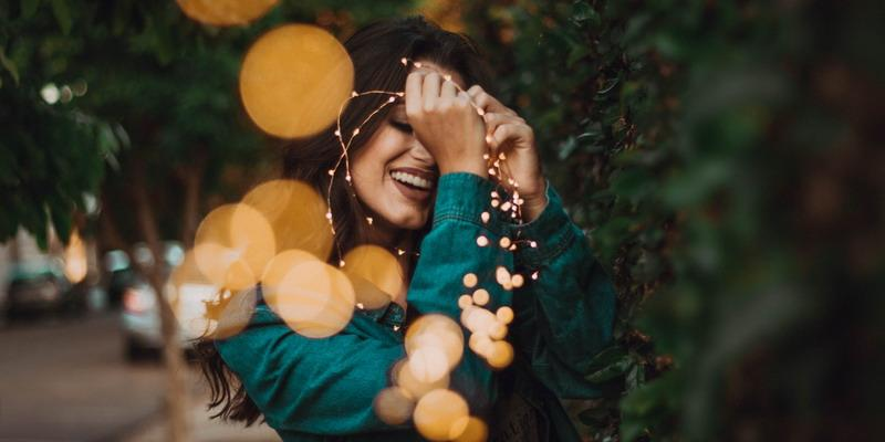 6 Tipe Wanita yang Dianggap Mudah Dapat Pasangan